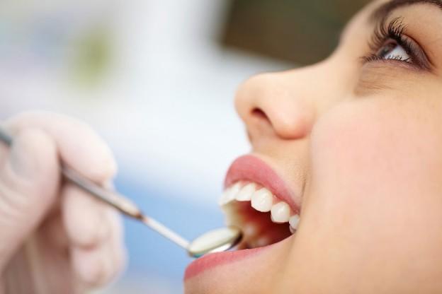 clínica-dental-cepillado-prevenir-caries