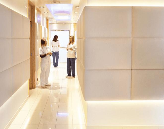 pasillo gabinetes clinica Barreiro