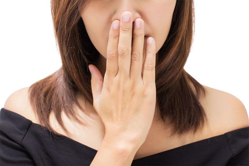 halitosis y enfermedades de las encías