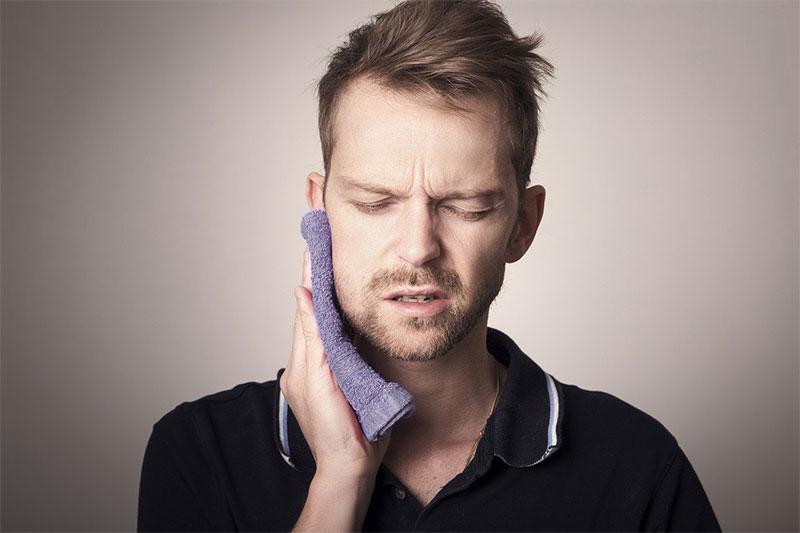¿Antibióticos para el dolor de muelas?