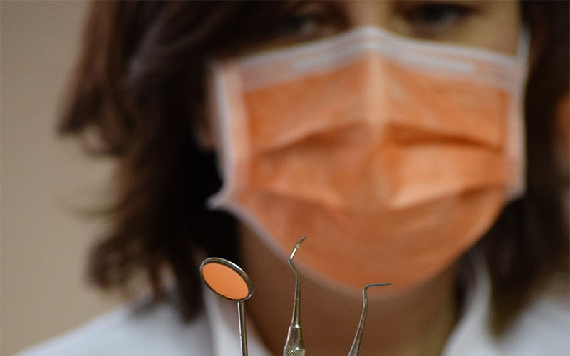 Clínicas dentales seguras frente a la COVID-19